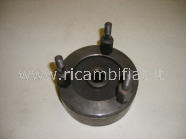 735836 - hand brake drum
